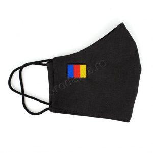 Masca brodata tricolor 1